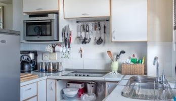 16-18-gauge-stainless-steel-kitchen sinks