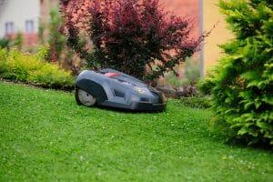 robot mower climbing hill